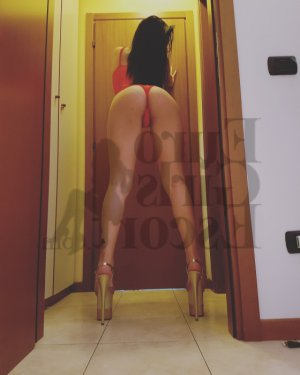 Cellia escort girl in Waxahachie Texas