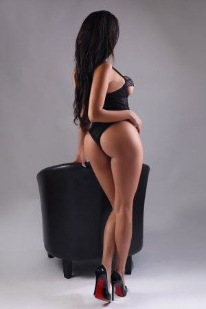Nadjette busty escort in North Little Rock AR