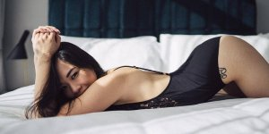 Marie-elodie escort in Edmond OK